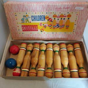 Vintage Skittles houten bowlingset