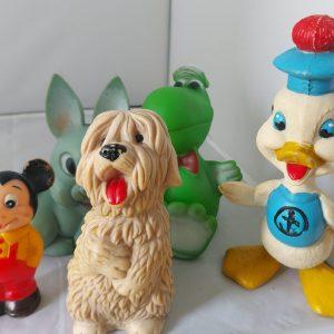 Set van vijf plastic beestjes